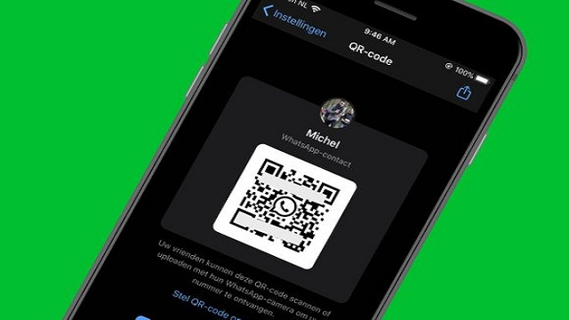 How to add someone on WhatsApp with a QR code